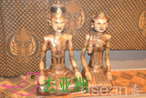 竹器、木器、银器和纺织品通常是文莱手工艺品的代表