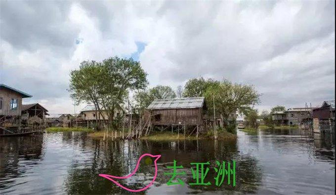 茵莱湖的水上浮岛