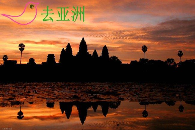 夕阳打在吴哥窟上,吴哥窟就成了金黄色,那时候拍照最好看