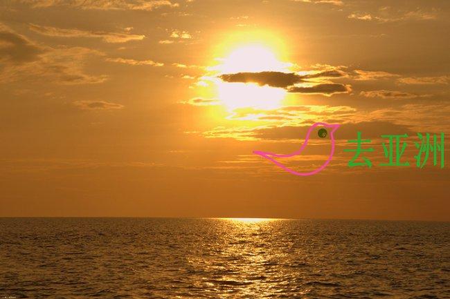 洞里萨湖看日落也很美