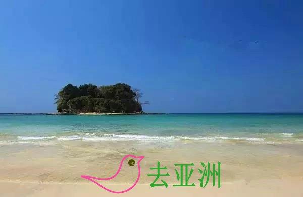 """在维桑海滩附近有个小岛,叫做""""lover island"""""""