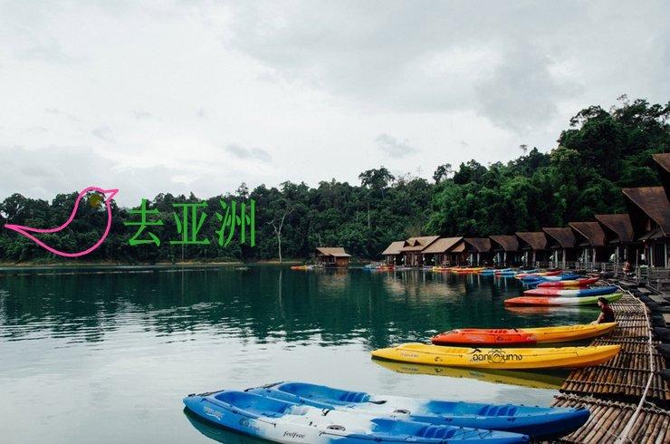 想安静度过悠长的假期,泰南素叻他尼府的水上木屋是个不错的选择