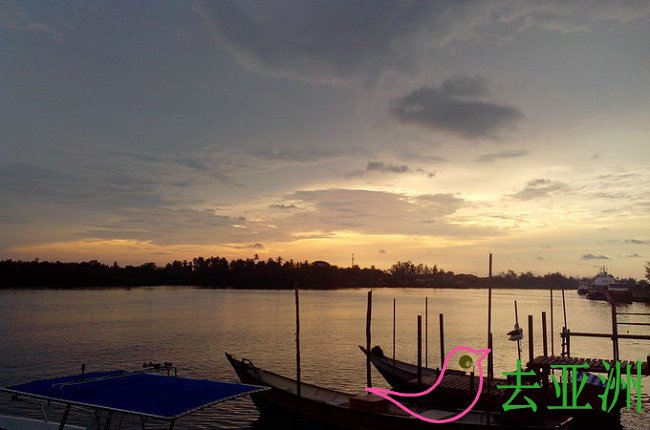 白拉奕(Kuala Belait)