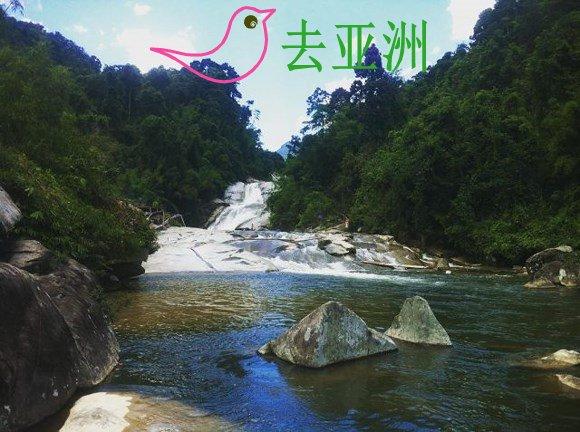 林同省保林县的茶闹(Tà Ngào)瀑布(七层瀑布