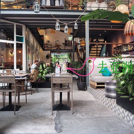 """在草田区的咖啡馆是外国遊客""""歇脚""""的理想地点"""