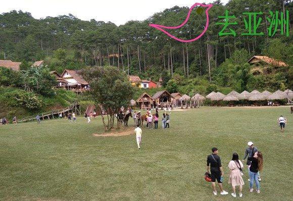 """洛阳县勒乡浅溪村的""""树獭村"""",大勒市的一个旅遊热点"""