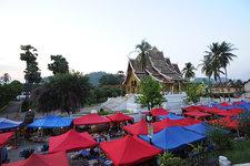 琅勃拉邦手工艺品市场Handicraft Market(Hmong Marke