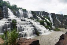 庞卡尔瀑布Pongour Waterfall