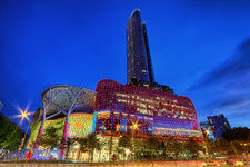 ION Orchard 购物中心ION Orchard