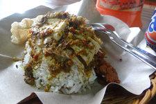 Warung Ibu Oka烤猪店Warung Ibu Oka