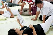 泰国卧佛寺传统按摩学校