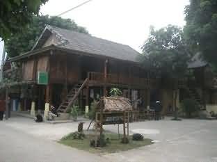 麦洲自然广场滨江别墅