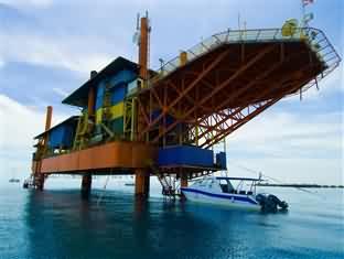 海洋探险潜水度假村
