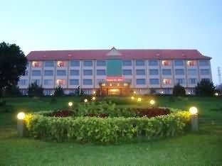 蒙多基里省酒店