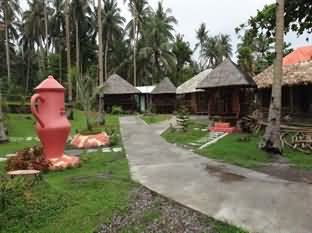 Myrnas Bamboo Cottages