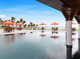 Cam Ranh Riviera Beach Resort and Sp