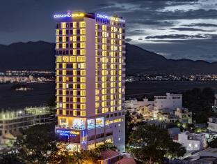 丹卓黄金大酒店