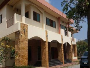 梭桃邑塔那蓬2号家庭旅馆