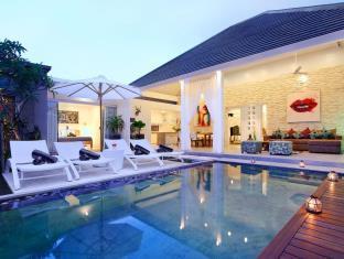 巴厘岛拉贝拉卡萨别墅